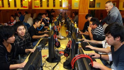 China allows foreign video game consoles but with limitations